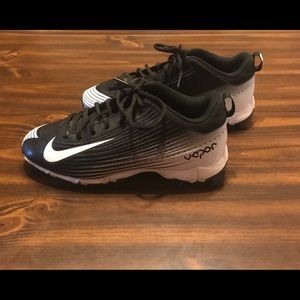 Nike Vapor Baseball Sneakers Youth Size 5.5 EUC